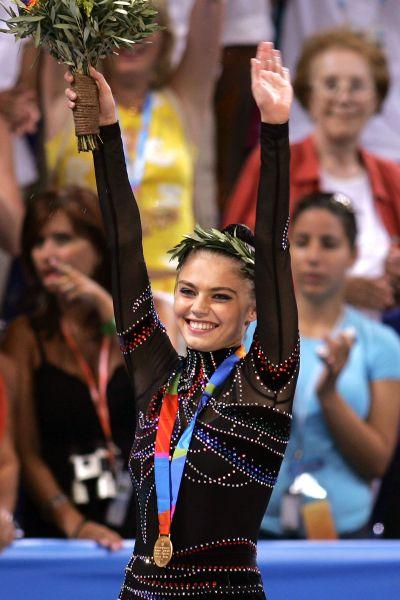 Уже через год после переезда  юная гимнастка начала выступать за сборную России.