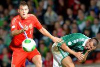 Артём Дзюба в матче отборочного тура Чемпионата мира – 2014 между сборными командами Северной Ирландии и России.