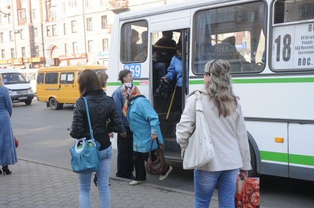 В Омск приехали новые автобусы.