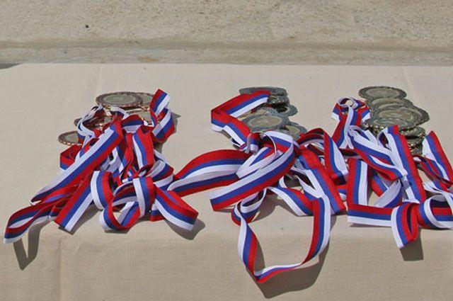 Акробаты Иркутской области отличились 10 медалями.