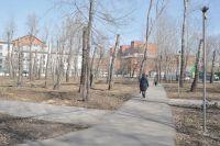 Парк им. 30-летия ВЛКСМ замер в ожидании реконструкции.