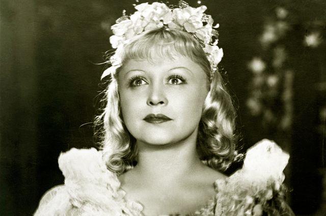 Янина Жеймо в фильме «Золушка». 1947 год.