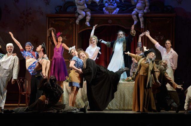 В оперетте всегда торжествует мораль.