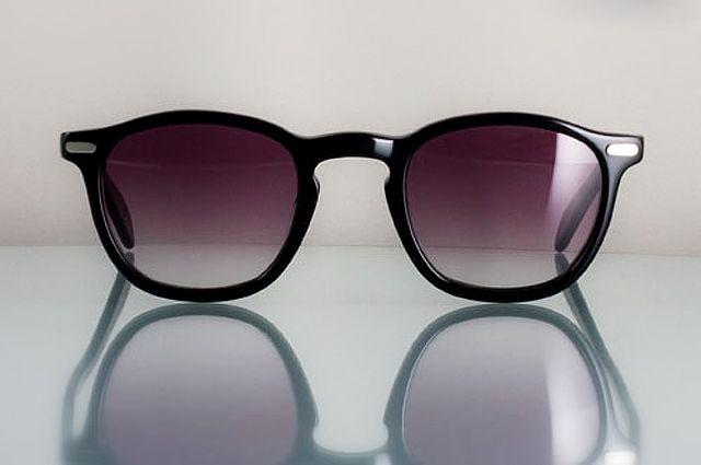 Щит от солнца  как выбрать темные очки   Здоровая жизнь   Здоровье ... bd578997849