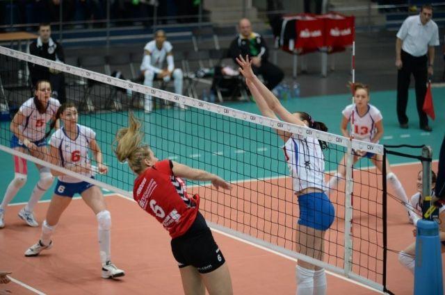 За Кубок Ельцина по волейболу в этом году поспорят шесть сборных