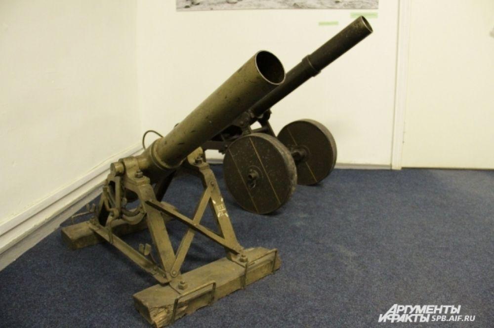 На выставке широко представлено огнестрельное оружие, которое использовалось в Русской Императорской армии и армиях противников.