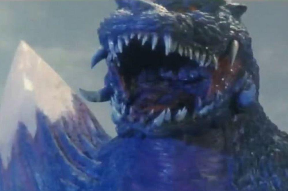 В 1994 свыше двадцати миллионов долларов в японском прокате собрал фильм «Годзилла против Космического Годзиллы», он был приурочен к 40-летию старта серии. По сюжету картины, клетки Годзиллы, попав в чёрную дыру, кристаллизировались и создали космического Годзиллу. В дальнейшем на экране разворачивается сражение двух монстров, с участием военного годзиллоподобного робота и телепатического усилителя.