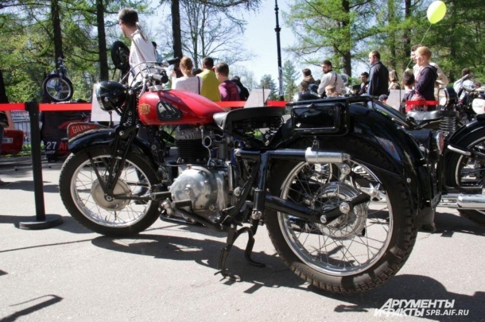 Gilera Marte (solo). Италия. 1941-1946 г.