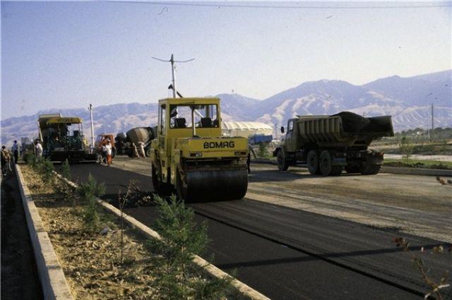 Власти Омска приобретают новую дорожную технику.