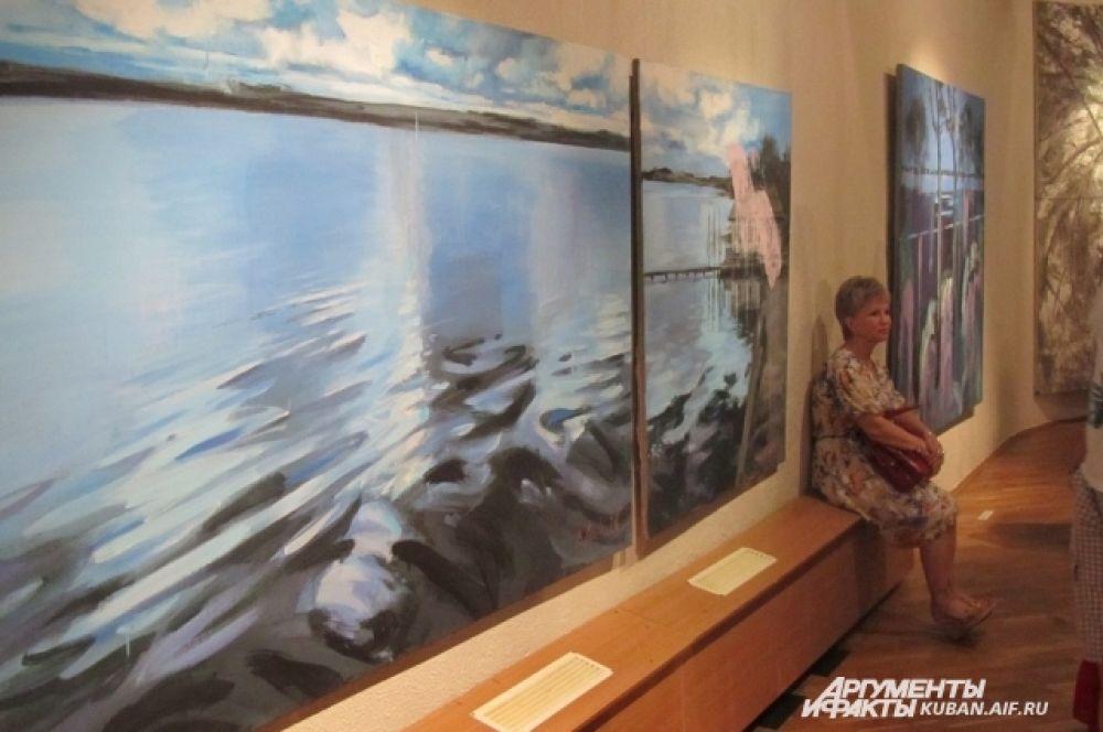 В Краснодарском выставочном зале показали работы известного кубанского художника Владимира Мигачева.
