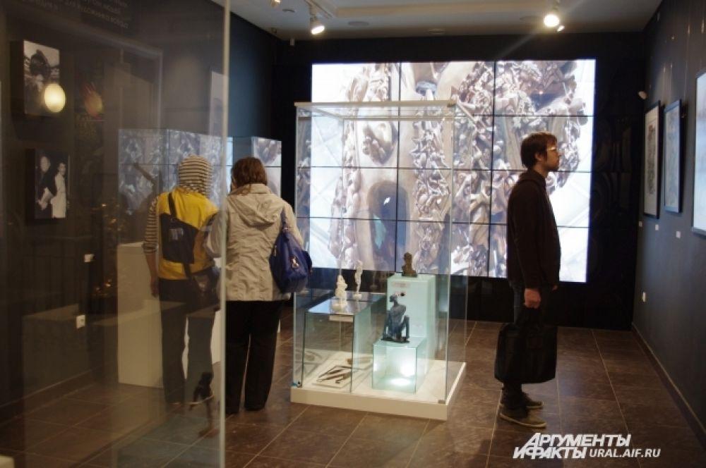 Одним из популярнейших музеев Екатеринбурга в эту ночь стал Музей Эрнста Неизвестного.