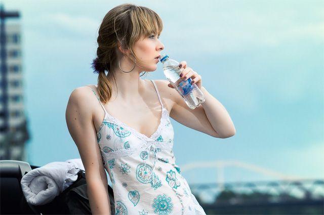 Image result for жара девушка вода