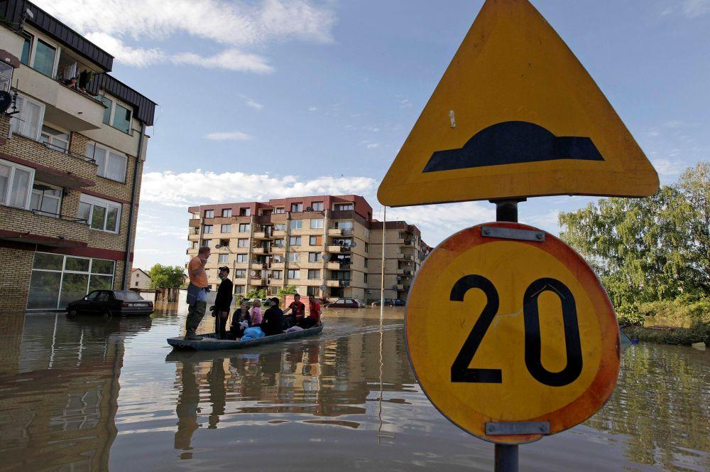 В Боснии и Герцеговине пострадали северные районы страны – подтоплены десятки домов.