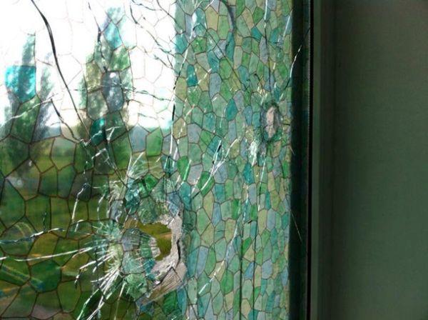 В Славянске террористы обстреляли детский центр и снарядами разрушили несколько домов