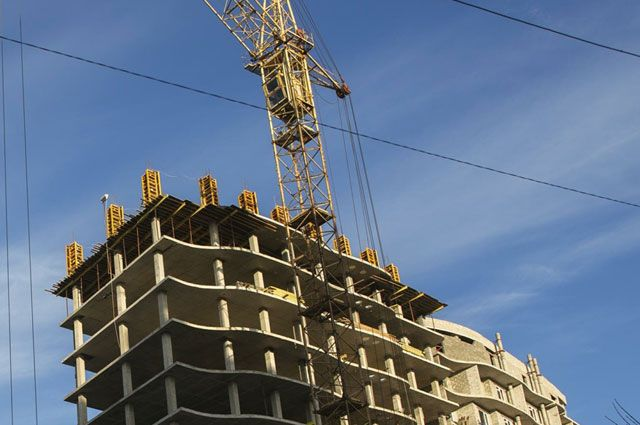 В Омске активно строят новое жильё.
