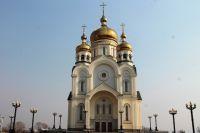 Спасо-Преображенский кафедральный собор на площади Славы