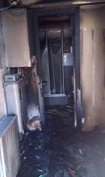 В Днепропетровске сожгли дом, гараж и автомобиль ЦареваВ Днепропетровске сожгли дом, гараж и автомобиль Царева