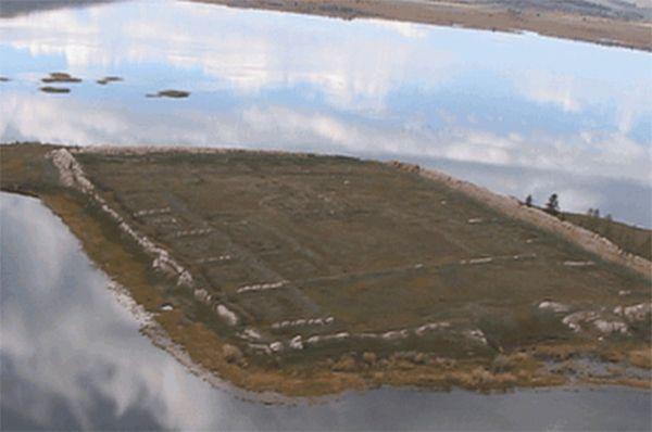 В рамках одного из проектов в 2007 году под патронажем МЧС была начата археологическая экспедиция, цель которой заключалась в восстановлении средневекового памятника Пор-Бажин в Туве. Считается, что этот проект стал возможен во многом благодаря личной инициативе Сергея Шойгу.