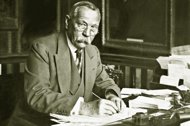 Cэр Артур Конан Дойл. 1928 год.