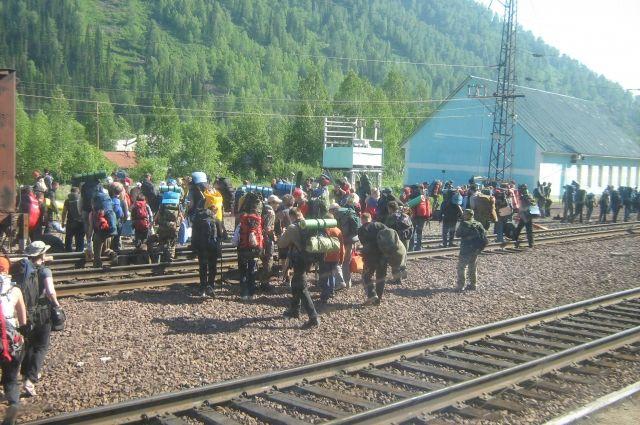Цены на поезда и самолёты перераспределили потоки туристов, и родные горы