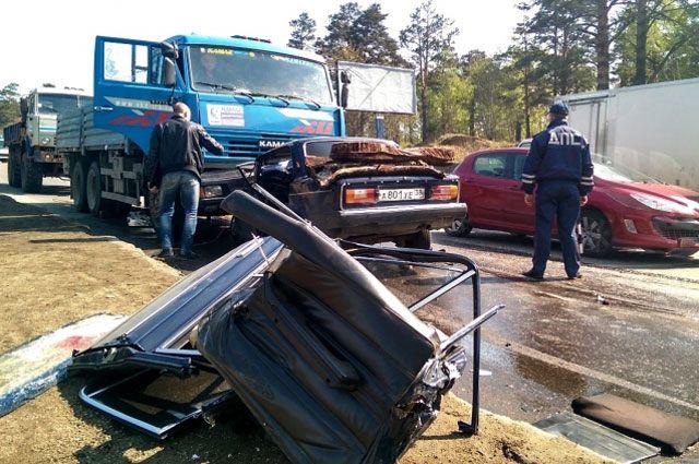 Обстоятельства аварии еще предстоит выяснить полицейским.