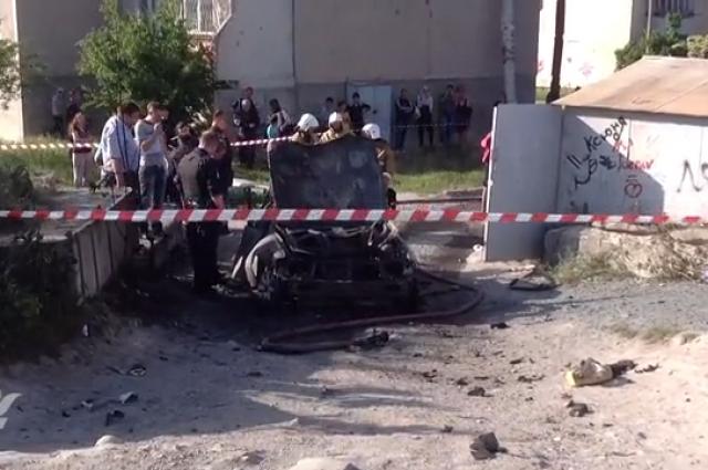 В Симферополе взорвалась легковушка
