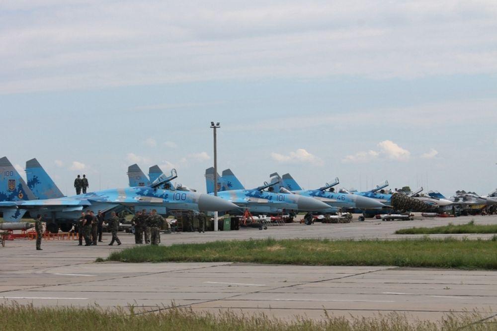 Боевые самолеты в Николаеве