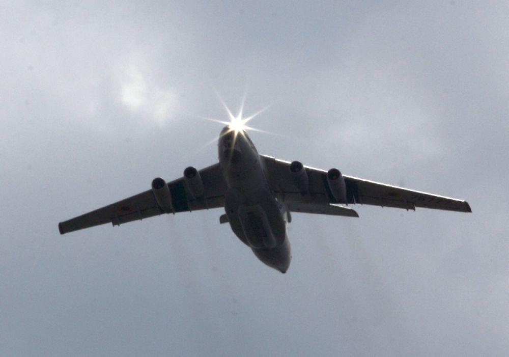 Истребители и бомбардировщики в Николаеве