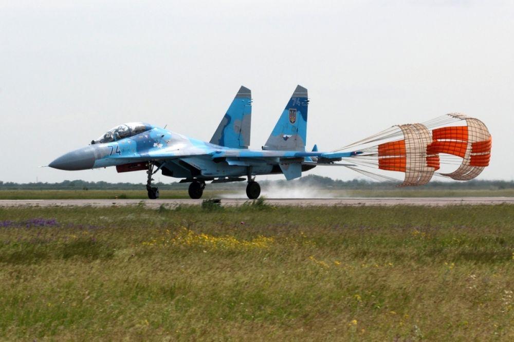 Самолеты в Николаеве на сборах