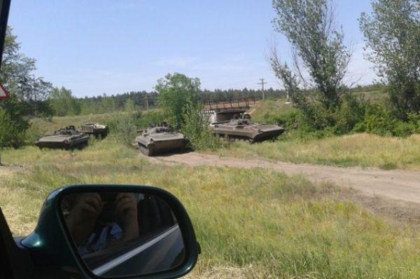 Ожесточенный бой сил АТО и террористов возле Лисичанска