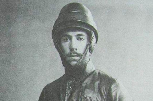 Игорь Сикорский, фотография Карла Буллы, 1914 год.