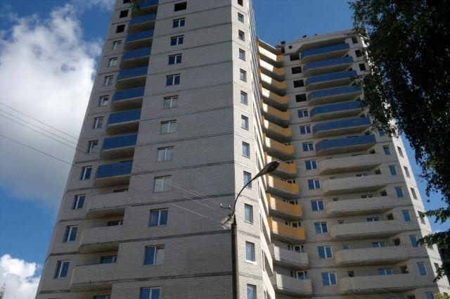 Ижевчанин упал с балкона многоэтажного дома Чп происшествиЯ .