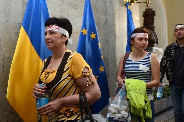 Акция протеста от стоматологов во Львове
