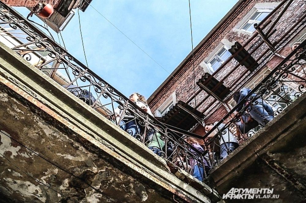 Подняться над Миллионкой стоит хотя бы ради того, чтобы посмотреть на город с другого ракурса.