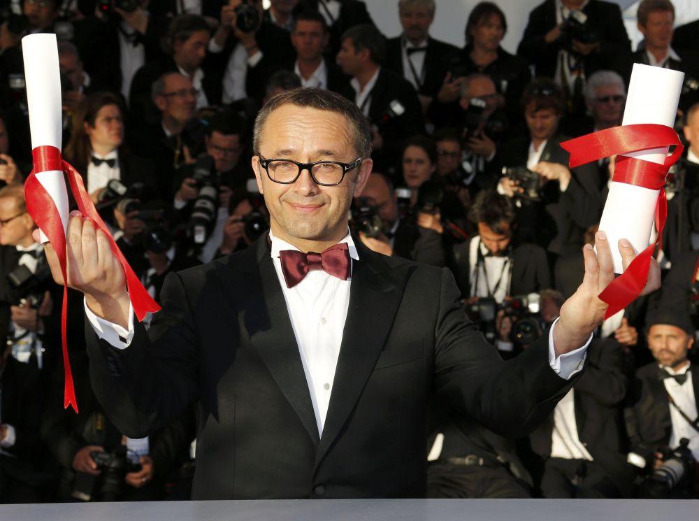 Приз за лучший сценарий достался российскому режиссеру Андрею Звягинцеву и сценаристу Олегу Негину. В Канны они привезли картину «Левиафан».