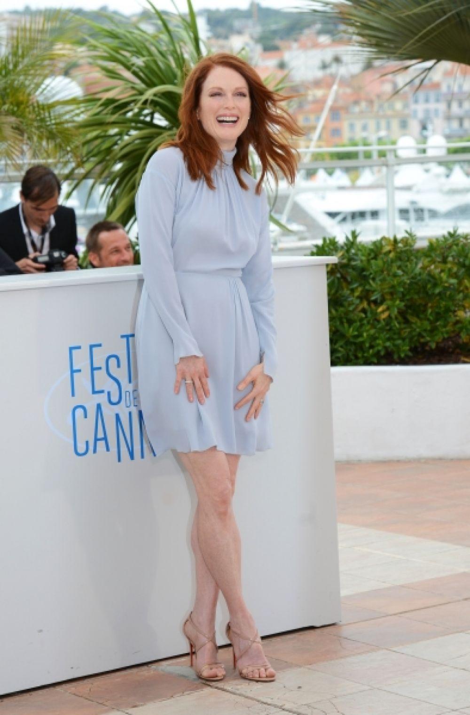 Лучшей актрисой стала Джулиана Мур. Она получила приз за роль в фильме Дэвида Кроненберга «Звездная карта».