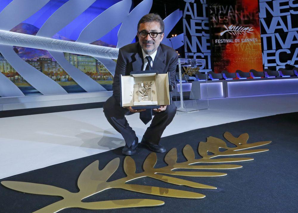 Главный приз – «Золотая пальмовая ветвь» - достался картине турецкого режиссера Нури Бильге Джейлана «Зимняя спячка».