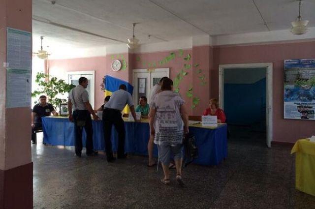 Избирательный участок на Донбассе