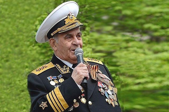 Адмирал Геннадий Хватов.