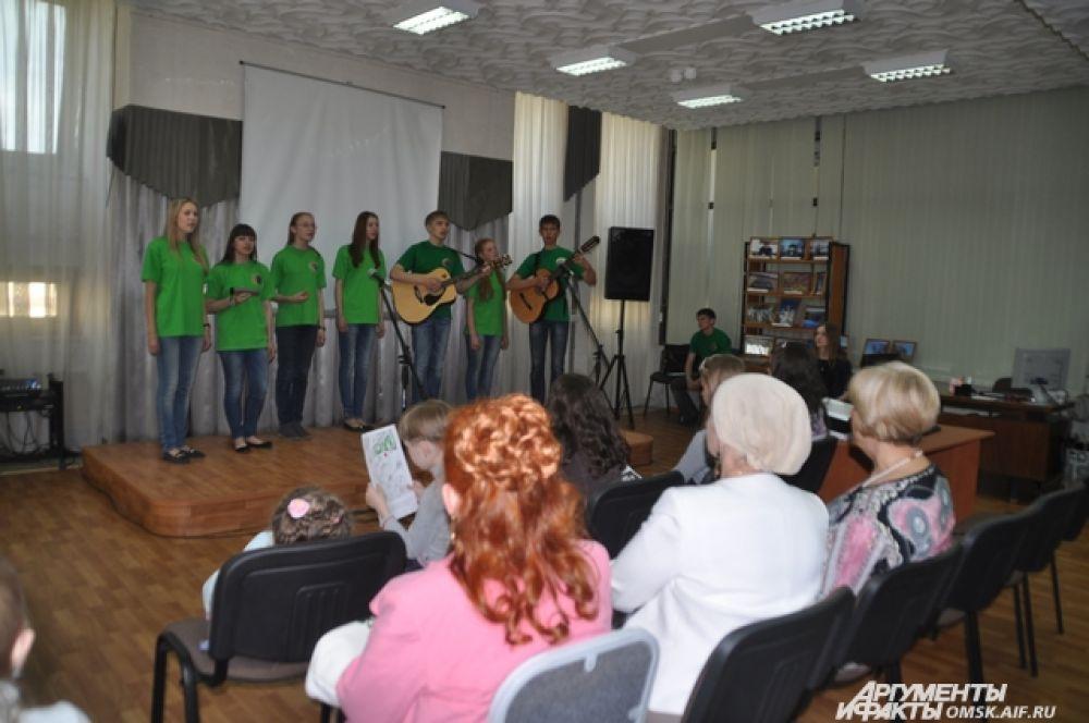 Акция «КультPROсвет» в Омске.
