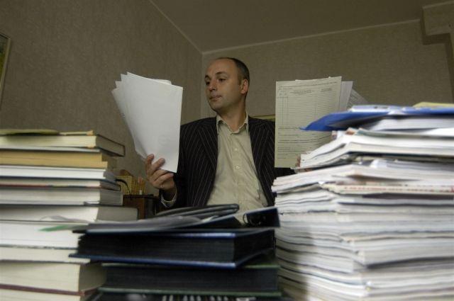 Челябинские чиновники стали оперативнее принимать документы граждан