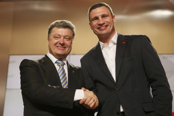29 марта 2014 года Кличко на съезде партии УДАР отказался от участия в предстоящих президентских выборах в пользу Петра Порошенко. Он выставляет свою кандидатуру в выборах мэра Киева.