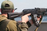 Снайперы на крыше в аэропорту Донецка