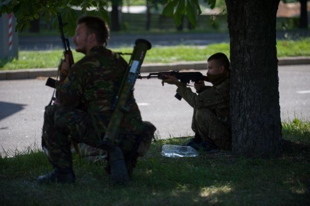 Террористы в Донецке