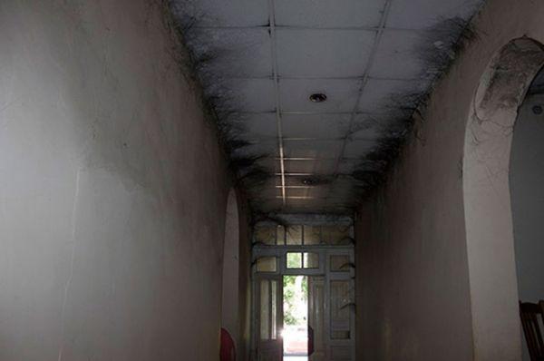 Потолок типографии в Измаиле после пожара