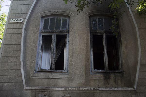 Неизвестные бросили кирпич в окно редакции Собеседника Измаила