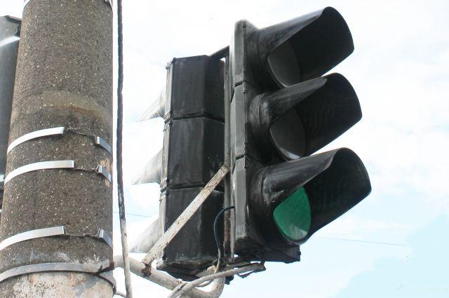 Схему работы светофора поменяли для сокращения пробок.