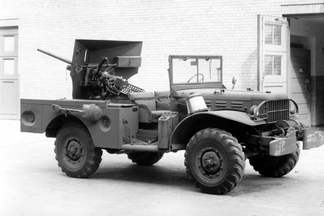 995d7a72b760 Машины с погонами. 7 легендарных армейских автомобилей   Об ...