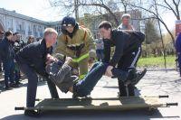 Сотрудники МЧС часто провдят акции для подрастающего поколения. Акция «Молодежь Прибайкалья против пожаров».