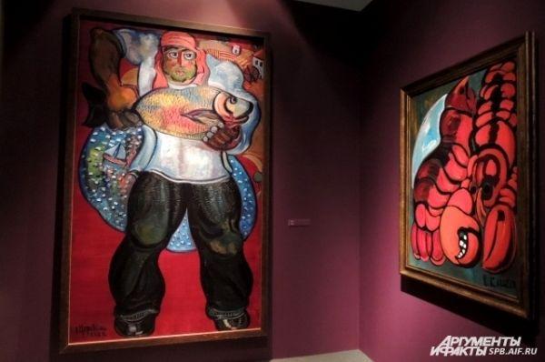 На картинах Церетели изображены люди и животные.